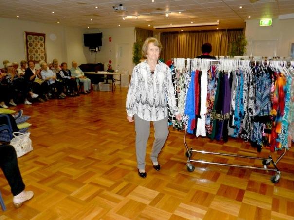 1504 Fashion Show09