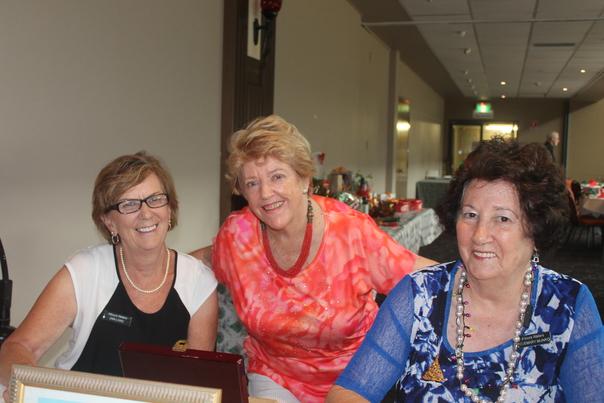 Ronee with Jan and Rosemary who ran the raffle sales