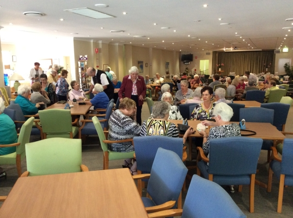 1605 Ladies Day Lunch07