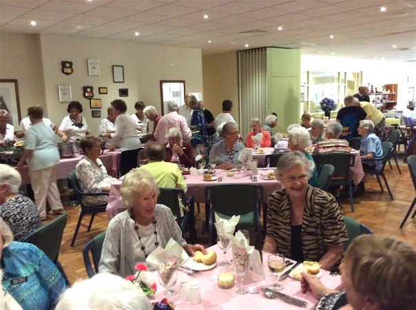 1605 Ladies Day Lunch11