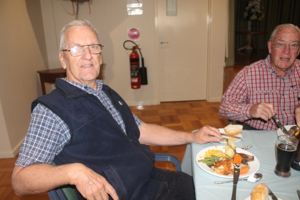1609-mens-lunch13